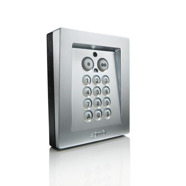 Bezdrátová kódová klávesnice Somfy RTS, kovové provedení, 2-kanálová, podsvícená